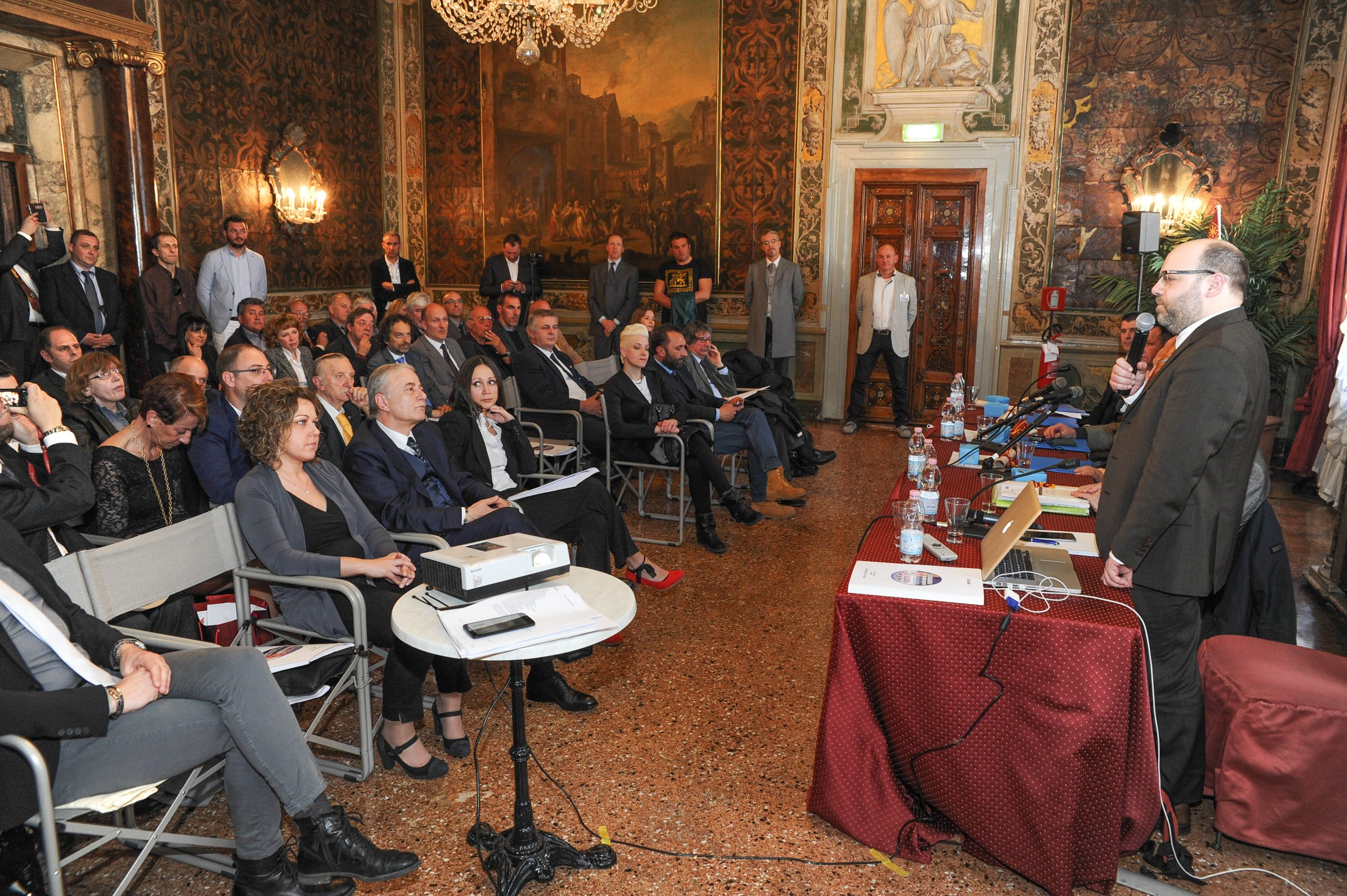"In Venice, on the 28th of March 2015, the Commission of International Observers has delivered to Plebiscito.eu the Final Report on the Referendum, held in Veneto from the 16th to the 21st of March 2014. Gianluca Busato states: ""The plebiscitarian majority for the independence of Veneto, now is politically binding. We will move to the international level. […]"