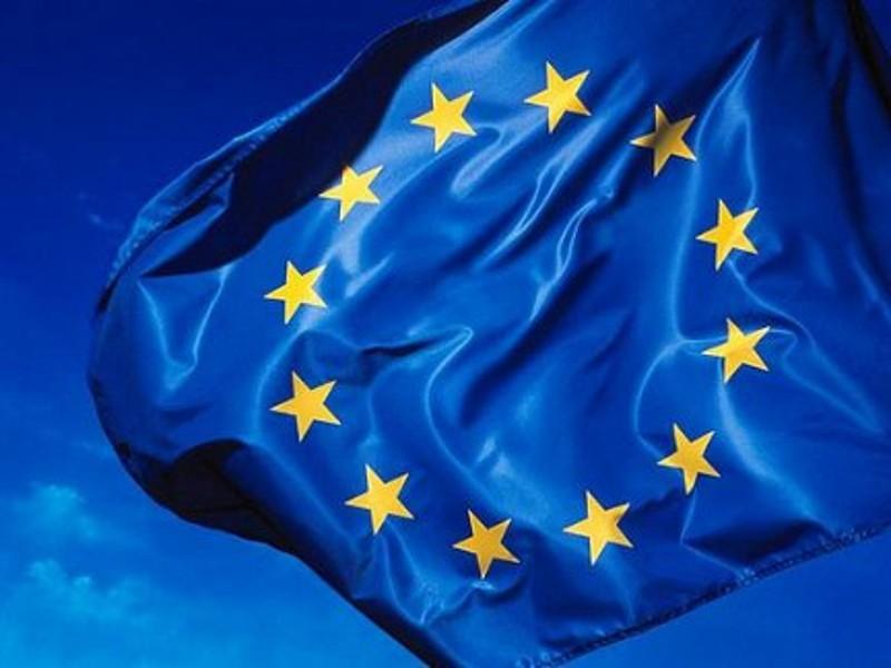 Il cuore delprogetto strategico europeo è di ampia portata, ben definito negli obiettivi, negli strumenti da adottare e nella tempistica da rispettare. Ed è benlontano dalle meschine bassezze e dalla grettezza intellettuale della politica italiana. La crisi finanziaria del 2008 con conseguente crisi dei debiti sovrani è stata l'occasione per l'Europa di prendere decisioni importanti […]