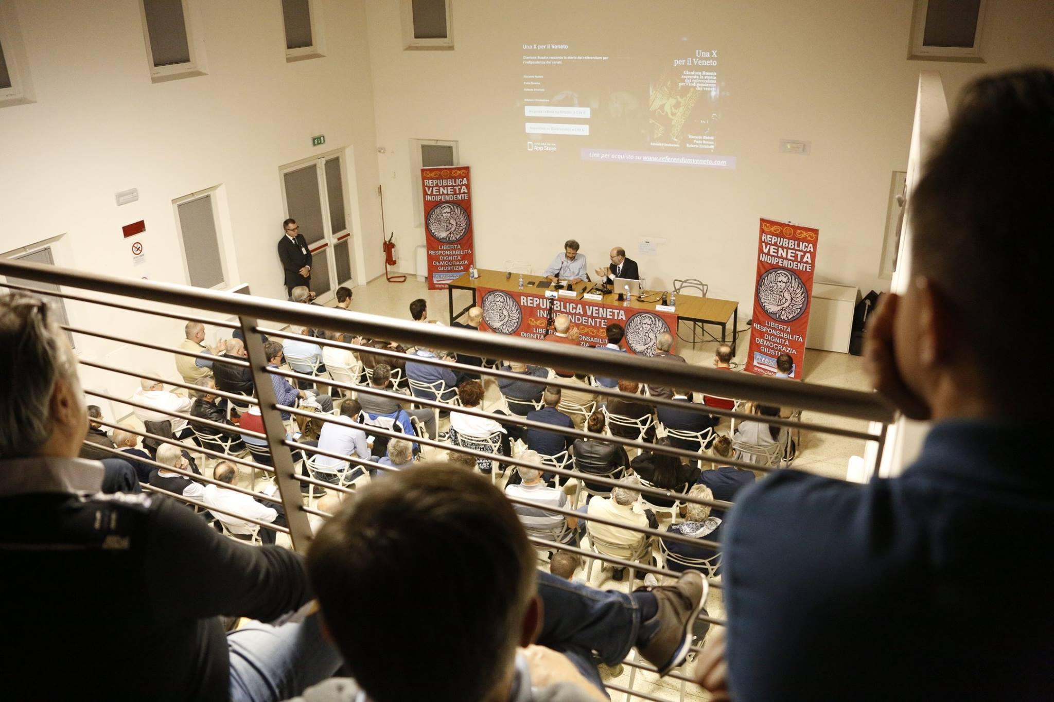 """Grande successo per l'evento""""Veneto, Euro, Sovranismo, Indipendenza"""" organizzato da Plebiscito.eu, che lancia una nuova stagione di presentazioni e riapre le iscrizioni per gli attivisti Giovedì scorso, nel consueto silenzio dei media italiani, a Silea, alle porte di Treviso, si è tenuto il primo evento autunnale organizzato da Plebiscito.eu. In una sala gremita, le oltre 150 […]"""