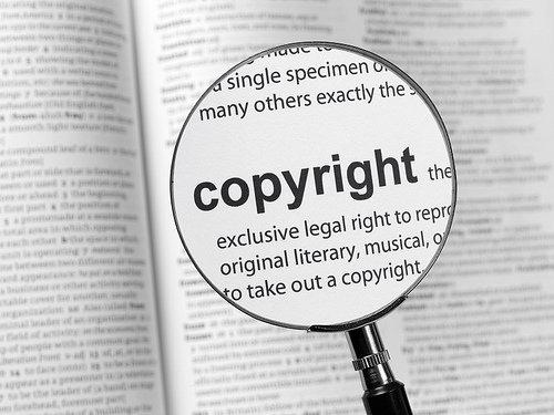Mentre l'Europa approva una legge contro la libera espressione in rete, la nostra terra continua a prendere solo sberle dall'Italia: è giunta l'ora di riprenderci in mano il nostro destino Oggi l'europarlamento ha deciso di approvare la nuova direttiva UE per il diritto di autore in rete. Al di là della bella definizione e delle […]